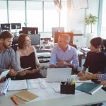 Tecnología en la oficina: Fichar antes y después